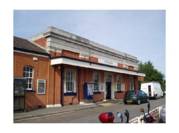 2290217-whitstable_station_kent_england_whitstable